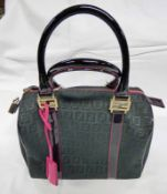 FENDI ZUCCHINO FOREVER BOSTON TOP HANDLE BAG BLACK / FUSCHIA