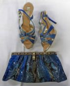 NEW ROBERTO CAVALLI SET OF BLUE SNAKESKIN LEATHER HEELED SANDALS SIZE 36 AND MATCHING CLUTCH BAG
