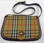 VINTAGE CLASSIC BURBERRY CHECK CLOTH BAG WITH BROWN LEATHER CROSSBODY STRAP