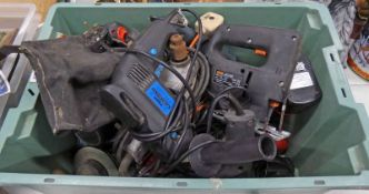 SELECTION OF ELECTRICAL TOOLS TO INCLUDE DRILLS, BATTERY DRILLS,