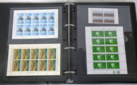 PRESTIGE ALBUM OF MINT AND USED RAILWAY STAMPS TO INCLUDE 2D TO 4D WITH LANCASHIRE, LONDON,