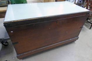 19TH CENTURY METAL BOUND PINE COFFER LARGE SIZE LENGTH 137 CM WITH LATER FORMICA TOP