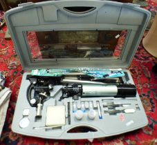 TELESCOPE AND MICROSCOPE SET IN CARRY CASE