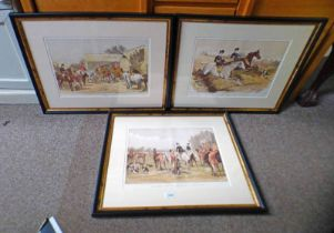 SET OF THREE FRAMED HUNTING PRINTS: SKETCHES IN THE HUNTING FIELD - 31 X 44 CM