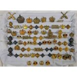 GOOD SELECTION OF BADGES, ETC TO INCLUDE WEST RIDING ROYAL HORSE ARTILLERY, A.C.F, R.H.