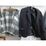 KILT JACKET WITH KILT Condition Report: Jacket in good condition.