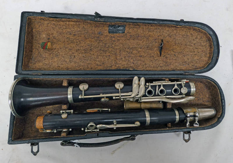 CLARINET BY F BUISSON (PARIS) WITH MAKERS MARKS PRESENT AND A LAFLEUR MOUTH PIECE