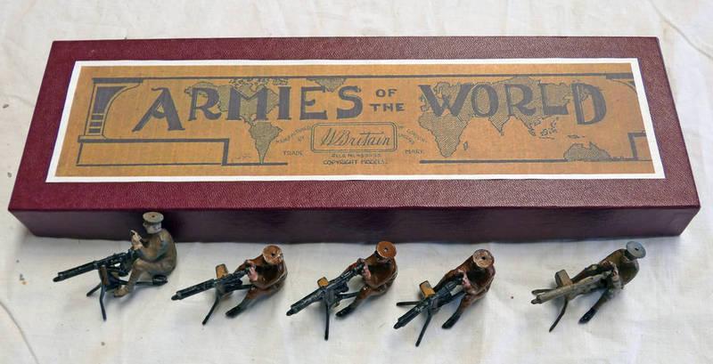 BRITAINS ARMIES OF THE WORLD WW1 MACHINE GUNNER