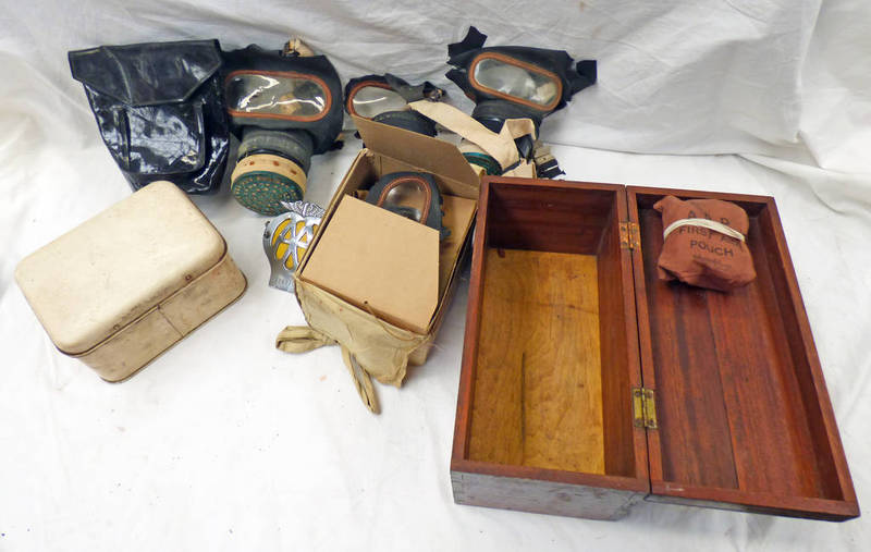 WW2 GAS MASKS, WOODEN BOX WITH FIRST AID CROSS TO TOP,