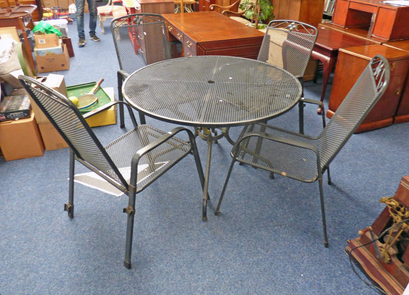 ROUND METAL GARDEN TABLE, DIAMETER 105CM ,