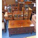 EARLY 20TH CENTURY MAHOGANY DRESSING TABLE WITH MIRROR OVER 2 SHORT & 1 LONG DRAWER ON SQUARE