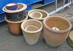 SELECTION OF GLAZED POTTERY GARDEN PLANTERS