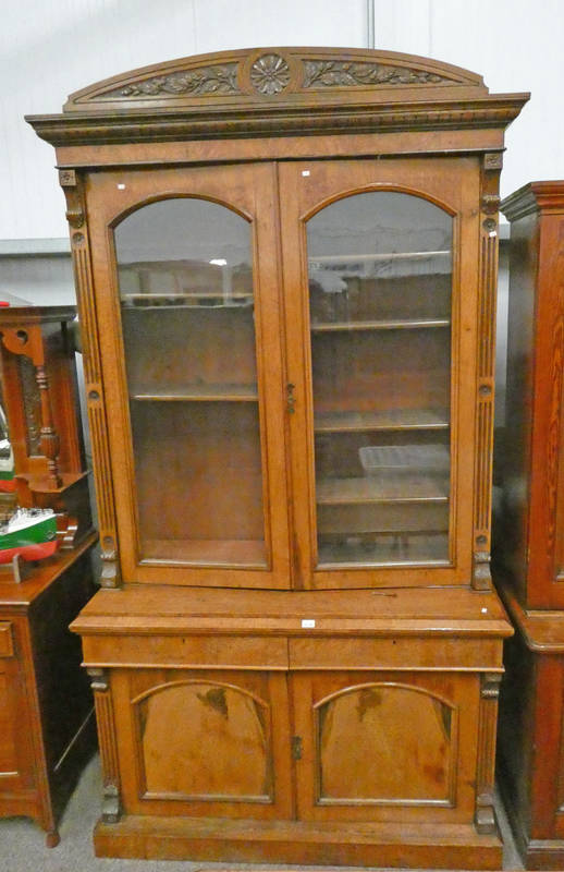 EARLY 20TH CENTURY OAK BOOKCASE WITH 2 GLAZED PANEL DOORS OVER BASE OF 2 DRAWERS OVER 2 PANEL DOORS