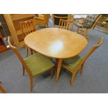 20TH CENTURY TEAK DINING TABLE & SET OF 4 DINING CHAIRS