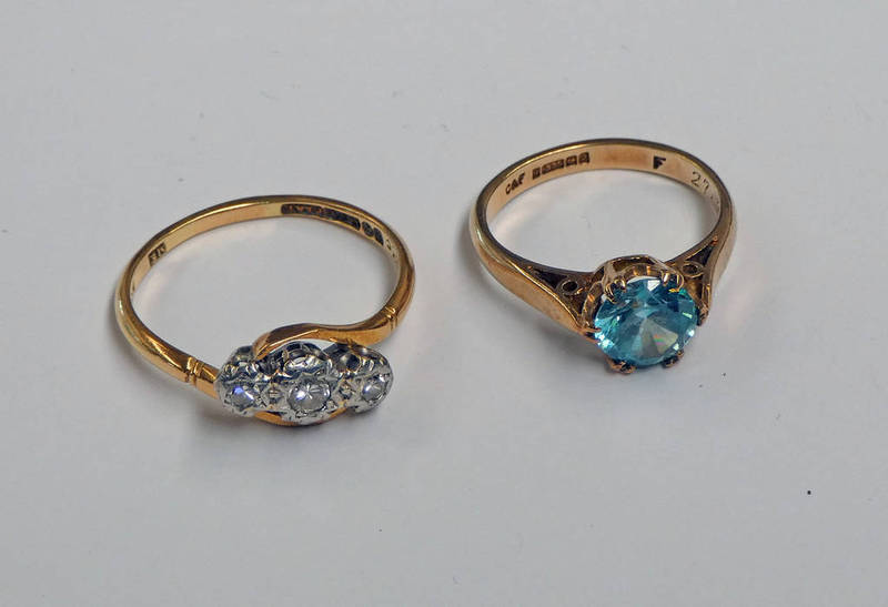 9CT GOLD 3-STONE DIAMOND TWIST RING & 9CT GOLD GEM SET RING - 5.