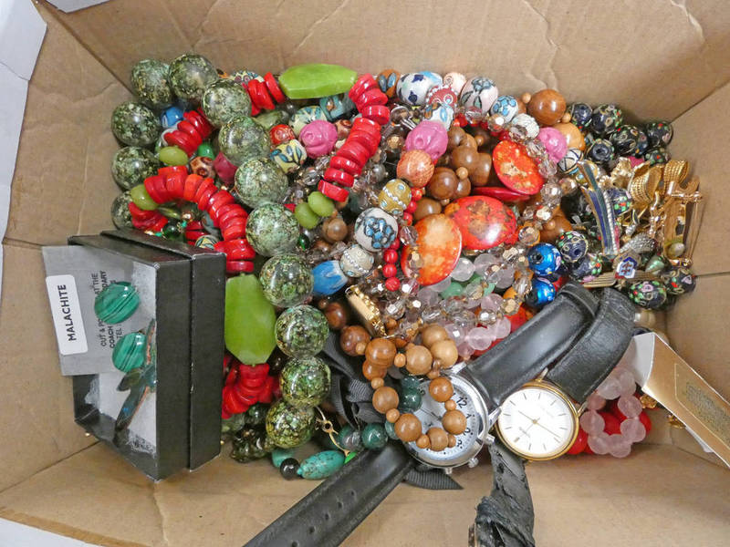 LARGE SELECTION OF DECORATIVE JEWELLERY INCLUDING BEAD NECKLACES, WRISTWATCHES, MALACHITE EARCLIPS,