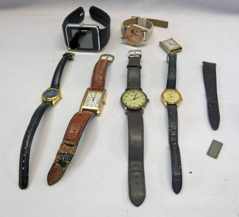 SELECTION OF VARIOUS WRISTWATCHES