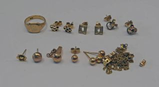 VARIOUS GOLD JEWELLERY INCLUDING 9CT GOLD SIGNET RING,