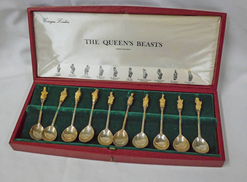 SET OF 12 SILVER COMMEMORATIVE SPOONS: THE QUEENS BEASTS FOR THE SILVER WEDDING ANNIVERSARY
