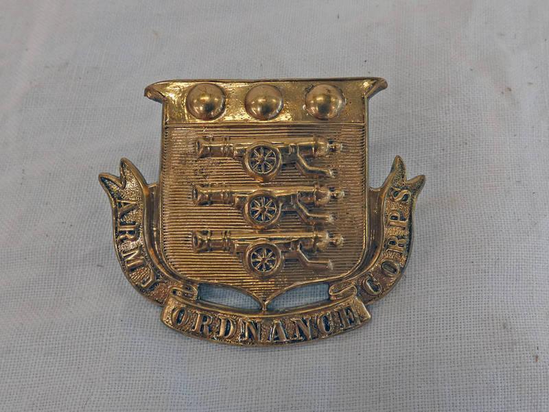 ROYAL ARMY ORDANANCE CORPS SIDE CAP BADGE