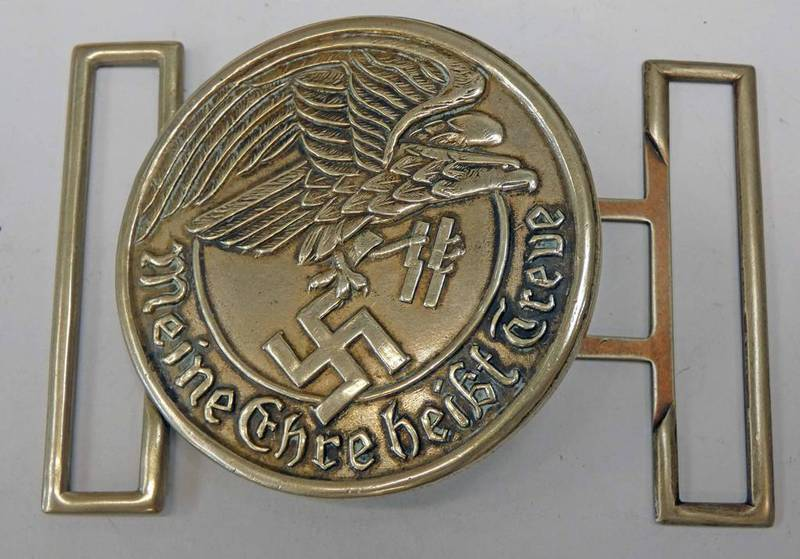 WW2 STYLE GERMAN STYLE BELT BUCKLE MARKED WALTHER & M7A/27/41 VIII TO REAR