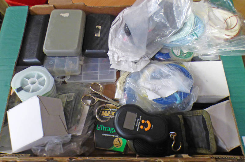 SELECTION OF VARIOUS FISHING RELATED ITEMS TO INCLUDE FLY BOXES WITH CONTENTS OF VARIOUS FLIES,