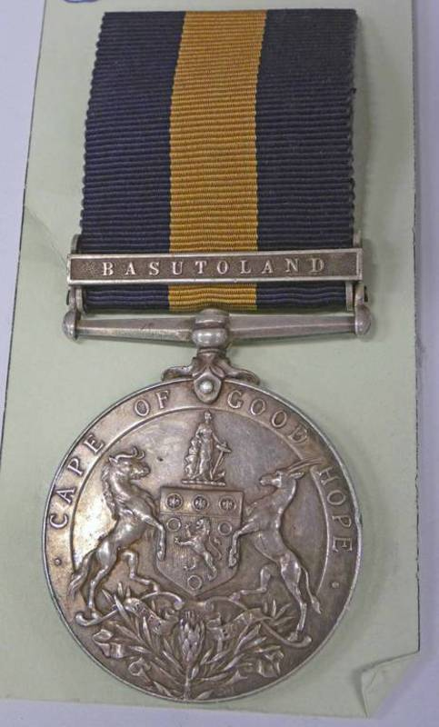 CAPE OF GOOD HOPE GENERAL SERVICE MEDAL WITH BASUTOLAND CLASP TO A CPL. T. W. DERECOURT. 1ST. CITY.