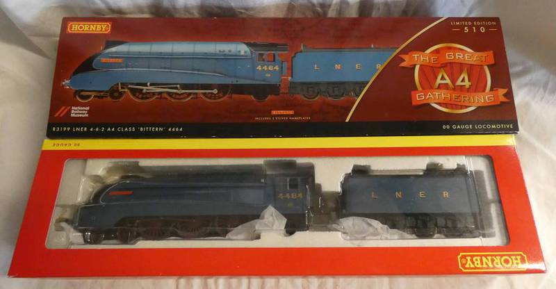HORNBY R3199 00 GAUGE LNER 4-6-2 A4 CLASS 'BITTERN' 4464 LIMITED EDTITION STEAM LOCOMOTIVE FROM
