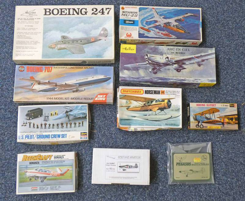SELECTION OF UNMADE PLASTIC MODEL KITS FROM AIRFIX, MATCHBOX,