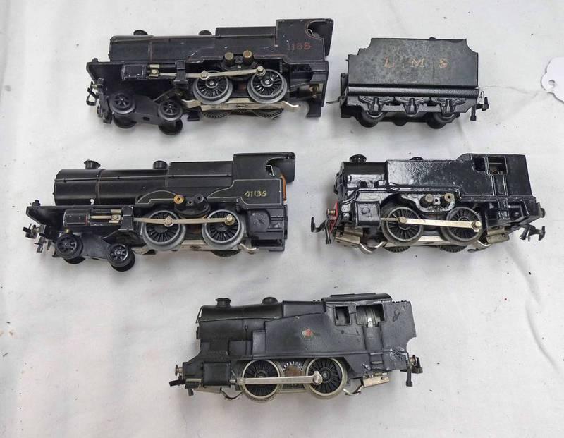 FOUR TRIX TWIN RAILWAYS LOCOMOTIVES