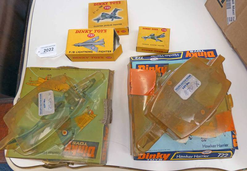 SELECTION OF DINKY TOYS MODEL AIRCRAFT INCLUDING 722 - HAWKER HURRICAN, 735-GLOSTER JAVELIN FIGHTER,