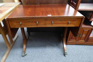 EARLY 20TH CENTURY INLAID MAHOGANY SOFA TABLE WITH 2 FRIEZE DRAWERS AND 2 LEAVES ON BRASS LION PAW