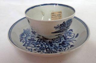 MID 18TH CENTURY WORCESTER PORCELAIN FENCE PATTERN TEA BOWL & SAUCER