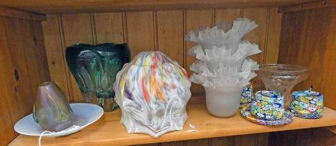 ART GLASS VASE, VARIOUS ART GLASS LAMP SHADE,