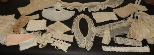 Assorted Late 19th/Early 20th Century Lace, including tape lace, embroidered and cotton collars;