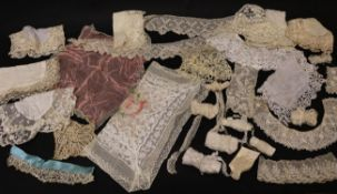 Assorted Late 19th/Early 20th Century Lace, comprising eight lace trimmed handkerchiefs on cotton