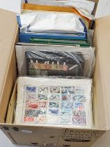 France, Monaco and Andorra, Carton with 1000s of stamps incl. one stockbook with several hundred