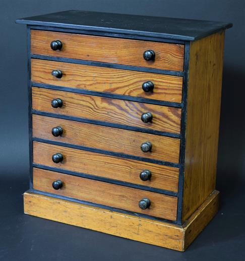 Entomology: A Late 19th Century Specimen Chest, circa 1880-1900, a six-drawer pitch pine specimen - Image 2 of 3