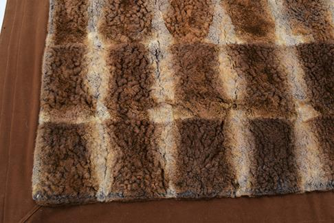 Pelts/Hides: An Early 20th Century Duck Billed Platypus Patchwork Carriage Rug, the overall - Image 4 of 4