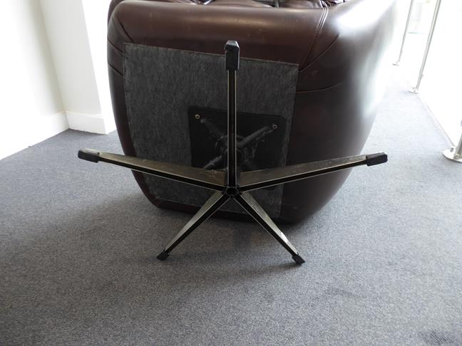 A Pair of 1970's Scandinavian Buttoned Brown Leather and Chrome Lounge Chairs, five prong base - Image 3 of 25