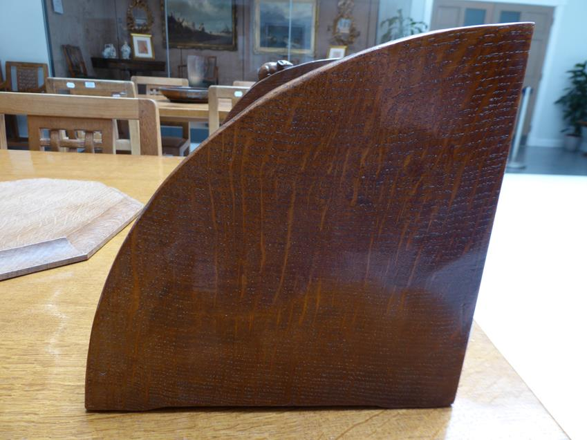 Workshop of Robert Mouseman Thompson (Kilburn): An English Oak Book Trough, with carved mouse - Image 4 of 8