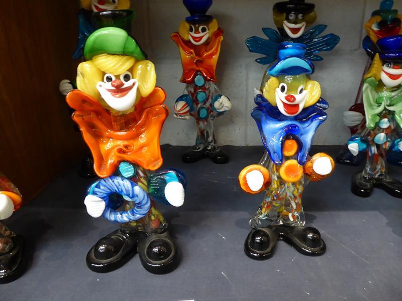 Seventeen Murano and Murano style clowns - Image 11 of 12
