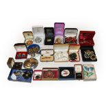 A quantity of costume jewellery including enamel brooches, silver jewellery, plated jewellery,