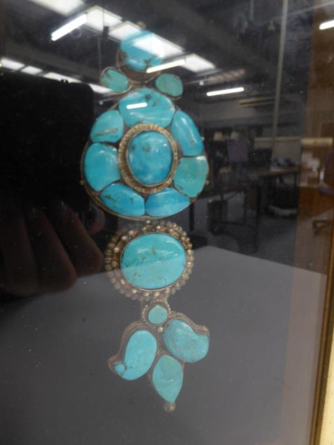 A pair of cased Indo-Persian white metal mounted turquoise three-piece sectional ornamental earrings - Image 2 of 9