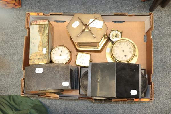 A selection of mantel clocks, wall timepiece, wall clock cases, fortin barometer signed S & A - Image 5 of 6