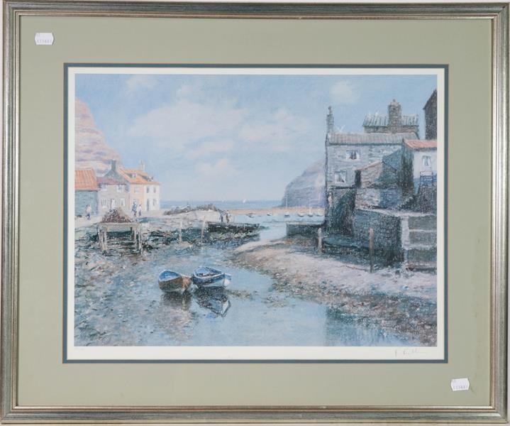 A large collection of colour racing prints, hunting prints and a landscape, various sizes (qty) - Image 13 of 20