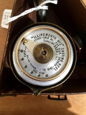 An Illingworth No3 Casting Reel complete with boxGood mechanical condition, some age related - Image 2 of 6
