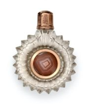 A George III Gold and Agate-Mounted Cut-Glass Scent-Bottle, Apparently Unmarked, Circa 1810, the
