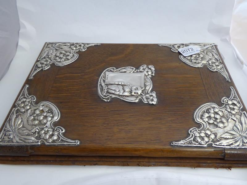 An Edward VII Silver-Mounted Oak Desk-Blotter, by J. Aitkin and Son, Birmingham, 1905, oblong, the - Image 6 of 8
