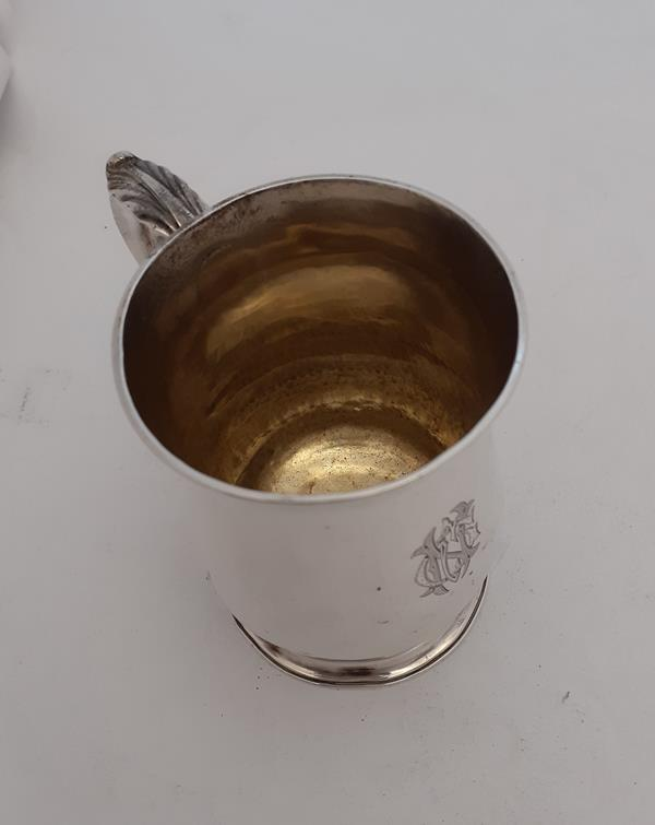 A George III Silver Mug, by William Cripps, London, 1762, Later Retailed by T. J. Paris, - Image 5 of 5